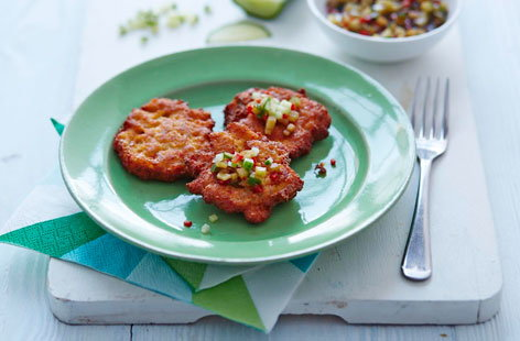 Thai fishcakes with cucumber dipping sauce