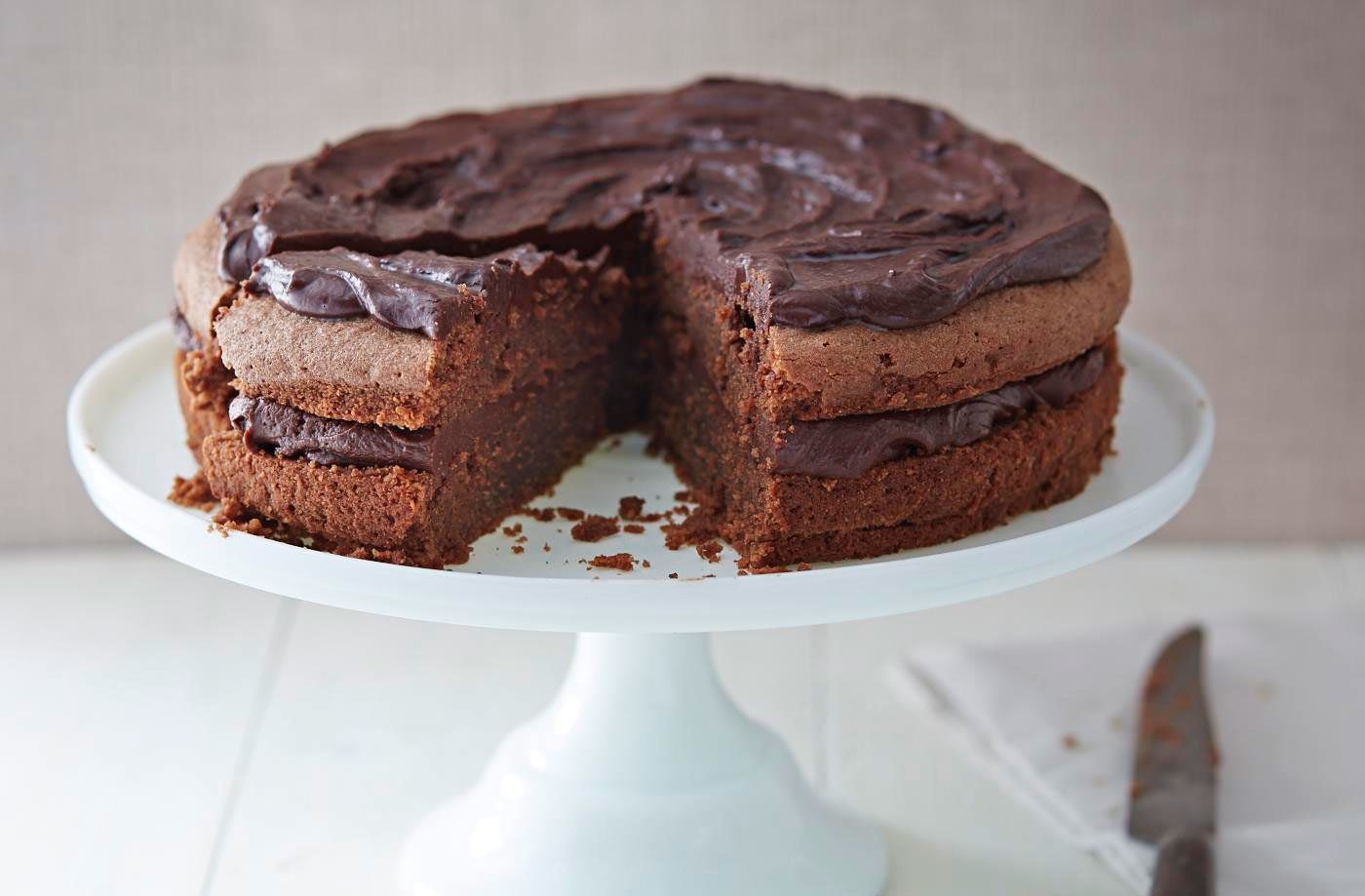 Baileys chocolate almond cake  recipe
