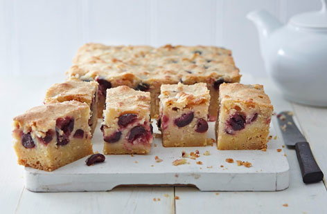 303 BakingB cherry pie bars (T)