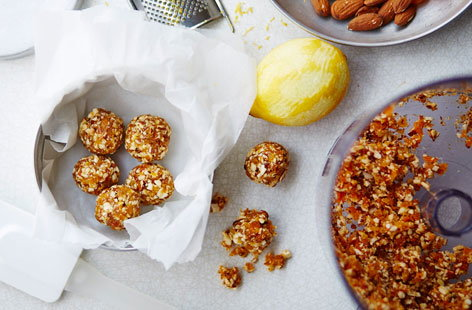 Gluten-free almond and dried apricot balls