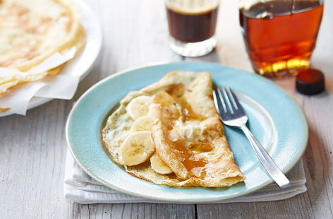 Who doesn't love a pancake breakfast? These gluten free numbers are wafer thin, crispy and delicious. Make the batter the night before and come morning, you'll be ready to cook up a storm. Pair with your favourite, classic pancake toppings.