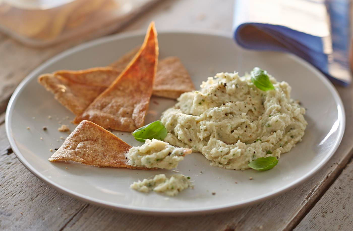 Herby white bean dip recipe