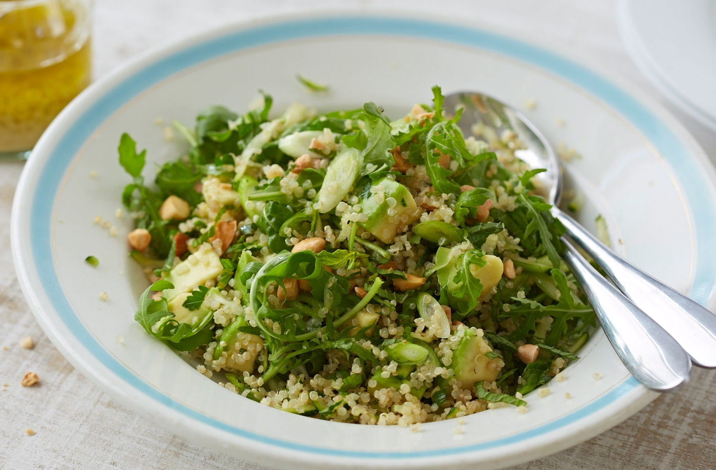 Quinoa, avocado and almond salad recipe