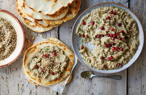 Baba ganoush with dukka and flatbreads