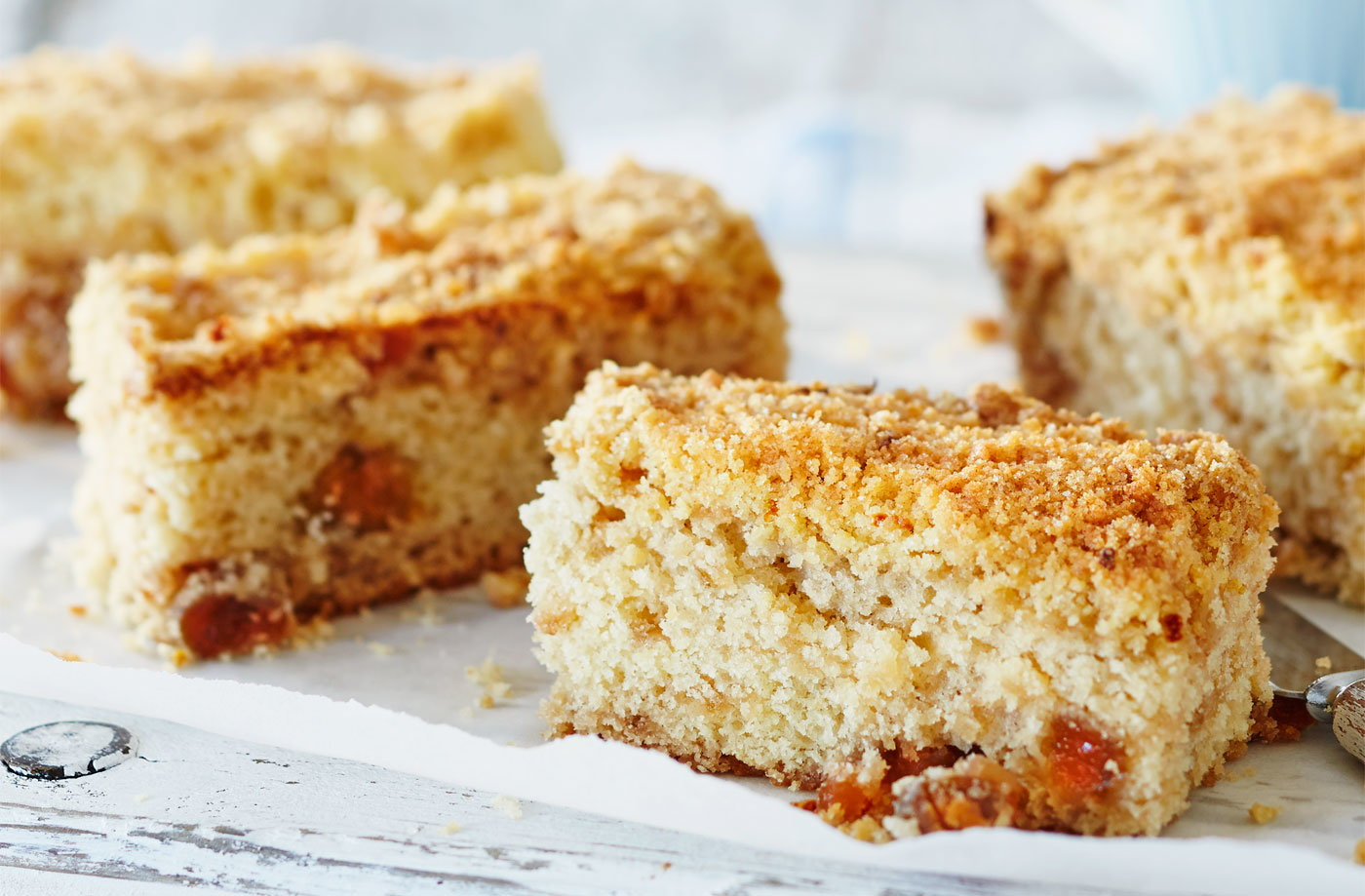 Gooseberry and crumble cake bars