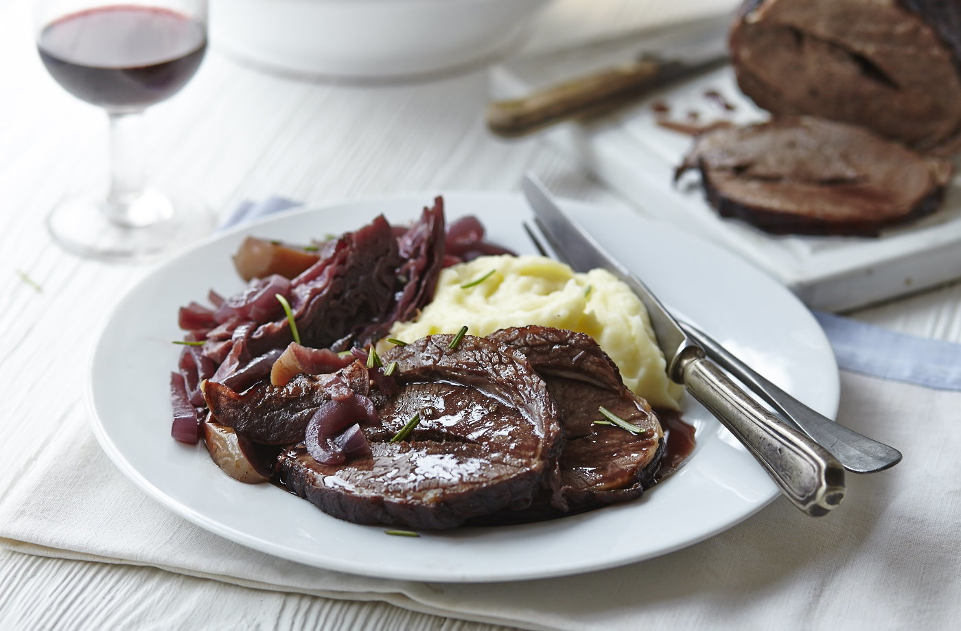 Red wine braised brisket and red cabbage one-pot recipe