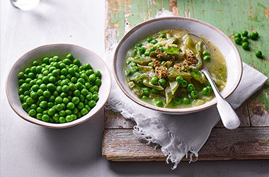 Summer pea minestrone