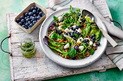 A fresh, light salad bursting with flavour from sweet blueberries, tangy feta cheese and nutty chickpeas and grains.