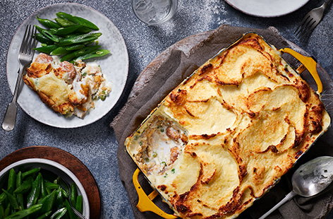 Try something different with a packet of fish fingers and turn them into this hearty fish finger pie. Baked in a creamy parsley sauce and topped with fluffy mash, this is sure to be a new family favourite.