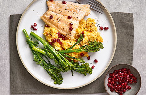 Roast salmon with butternut houmous mash