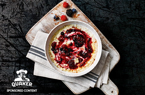 Spiced super berry porridge