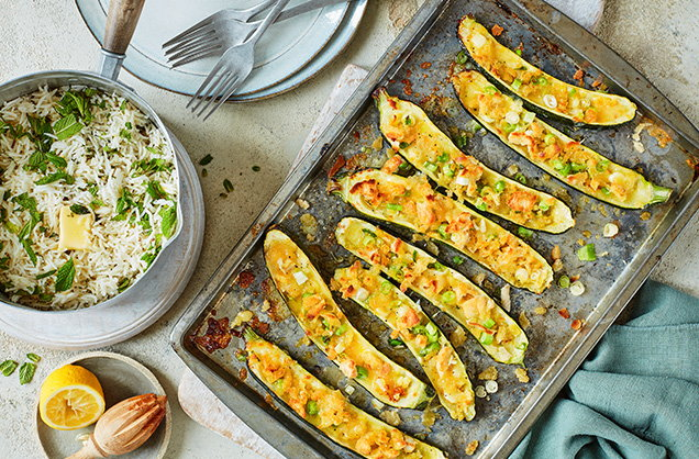 Thursday: Stuffed courgettes with mint rice