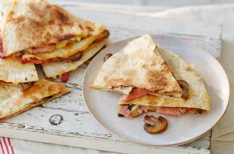 81 Bacon and mushroom quesadillas (H)