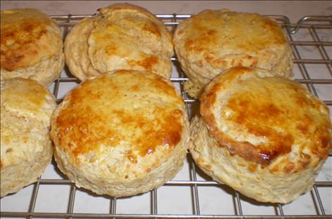 Garlic Cheese Scones
