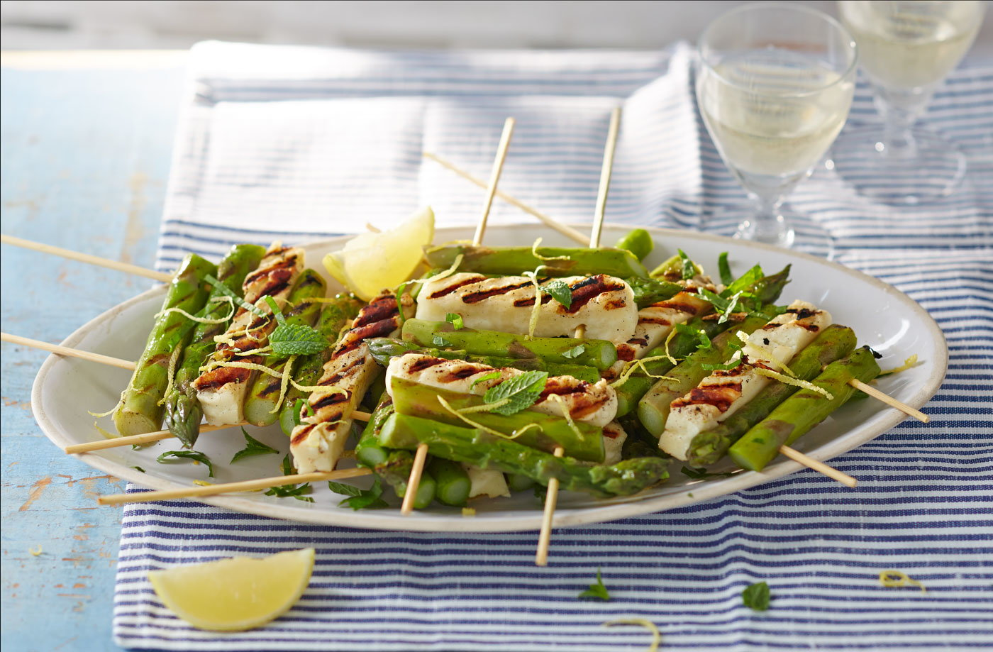 Asparagus and halloumi skewers