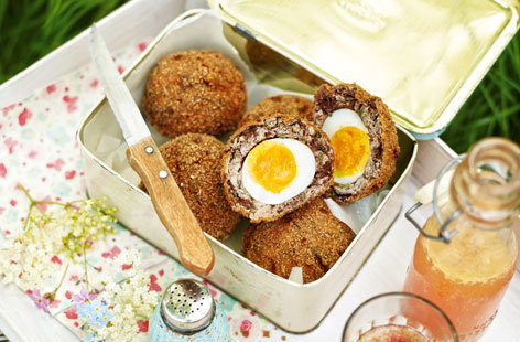 Apple and black pudding scotch eggs (T)