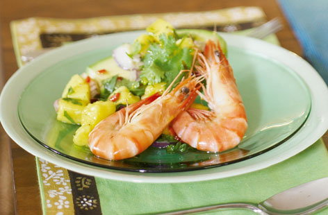 Avocado filled with prawns and mango salsa HERO