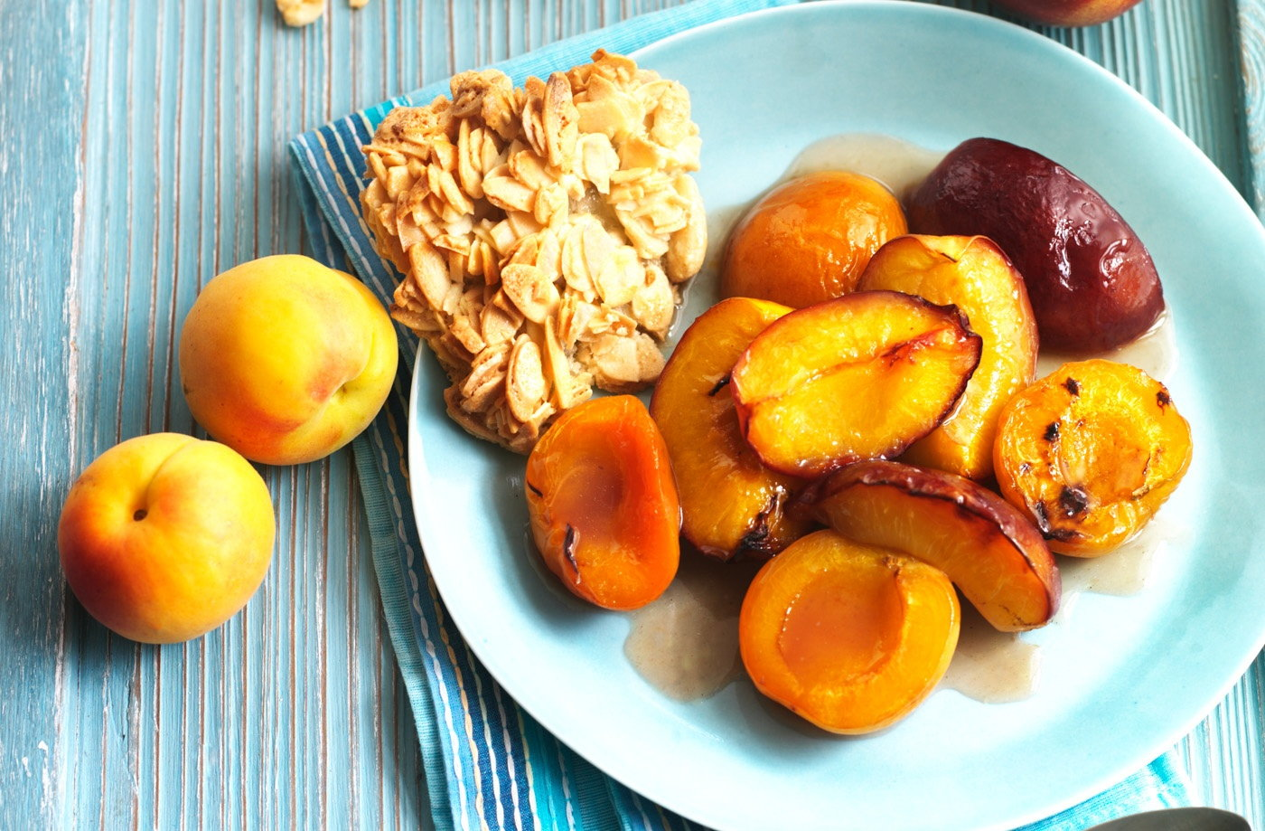 Baked nectarines and apricots with Marsala and honey recipe