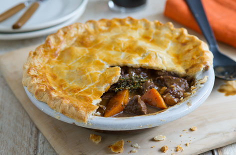 Beef and Guinness pie (t)