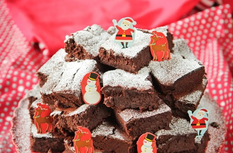 Beetroot brownies christmas THUMB