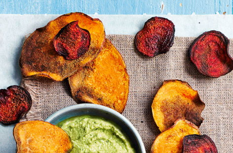 Baked beetroot and sweet potato crisps