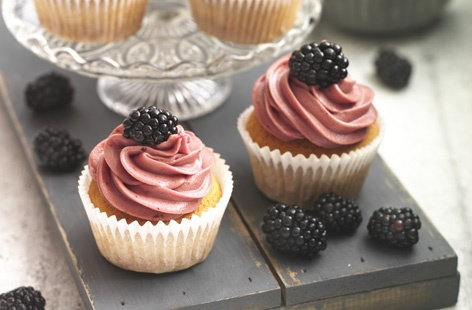 Blackberry Cupcake   THUMB