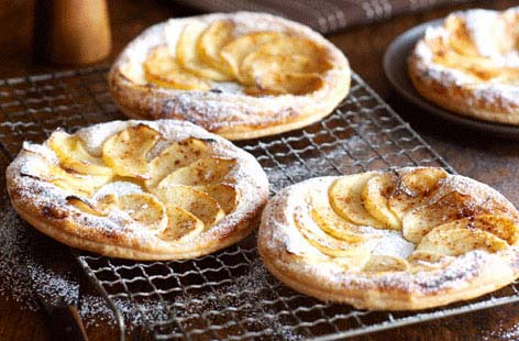 Bramley apple tarts