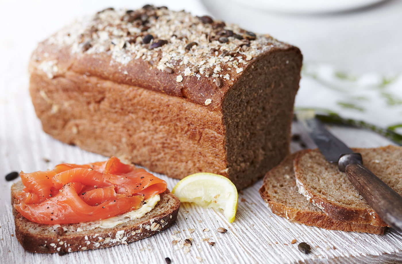 Brown bread with smoked salmon recipe