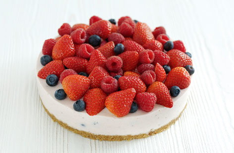 Spanish very berry cheesecake