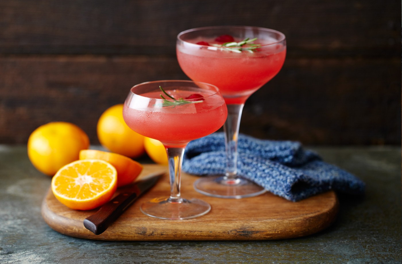 Clementine cranberry and vodka cocktail tesco real food for Party food and drink ideas