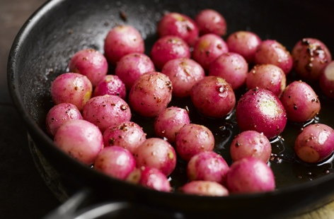 Caramelised radishes THUMB