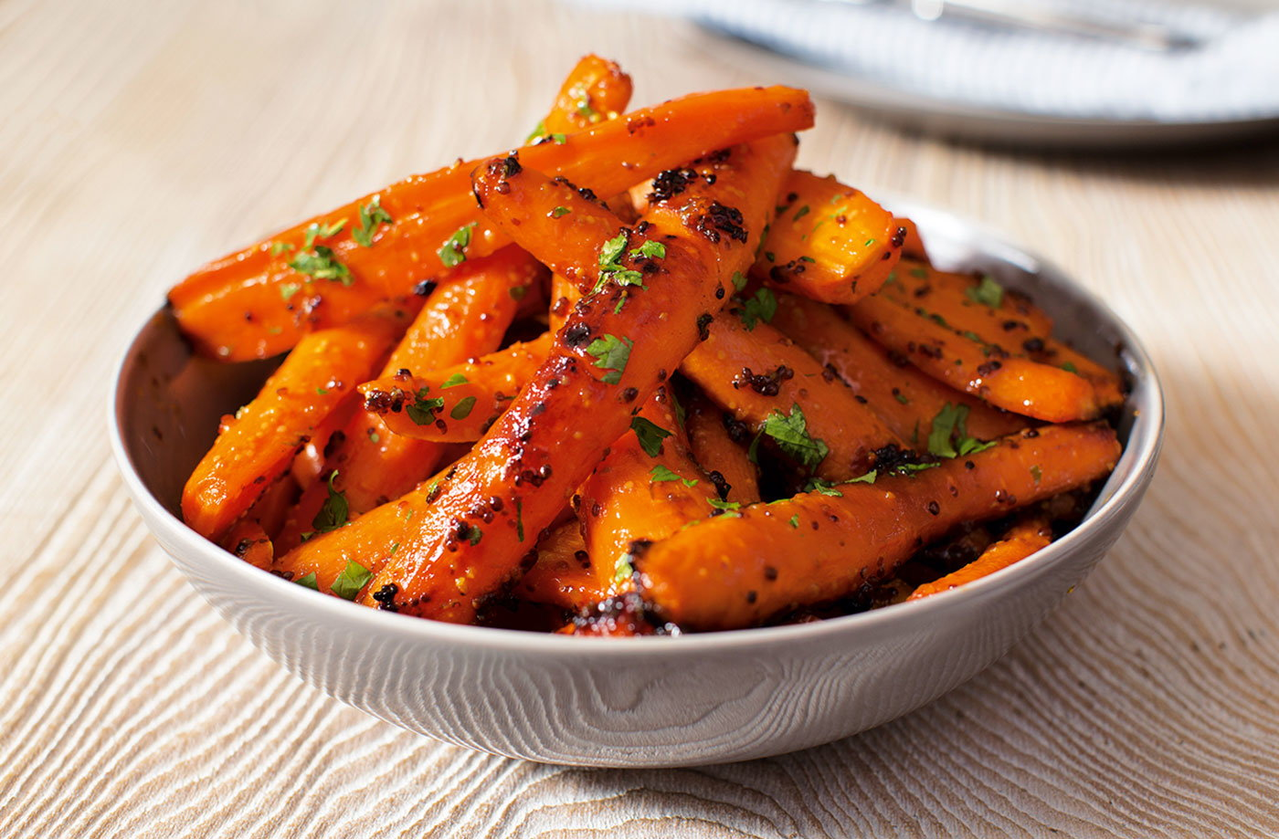 Roasted glazed carrots with honey and mustard | Tesco Real Food