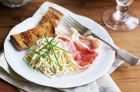Celeriac remoulade with Serrano ham and toasts