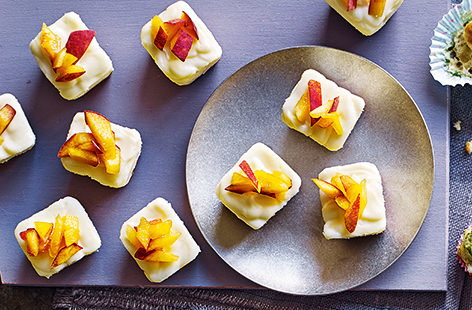 White chocolate and peach cheesecake cubes