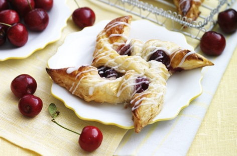 Cherry Danish Whirls   THUMB
