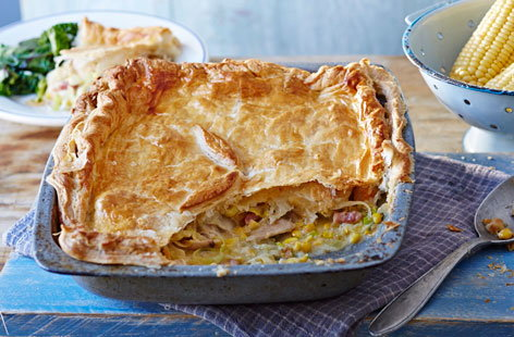 Chicken and sweetcorn pie (T)