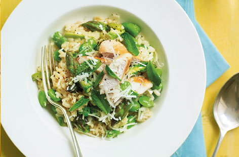 Chicken asparagus and broad bean risotto THUMB