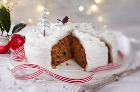 Christmas Cake Decorations Tesco : Classic Christmas Cake Christmas Recipes Tesco Real Food