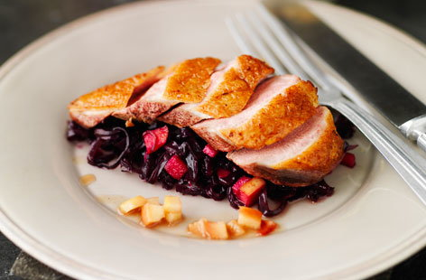 Duck with Spiced Kanzi Apples & Red Cabbage (t)