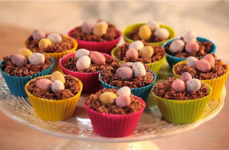 Easter Nests (H)