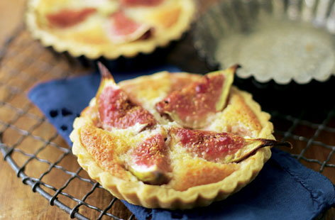Fig and frangipane tarts