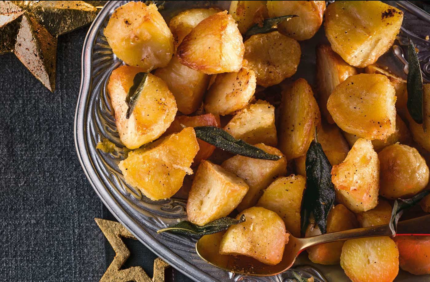 Garlic butter roast potatoes recipe