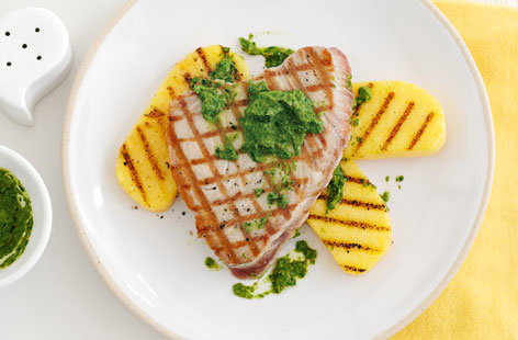 Tuna with salsa and polenta