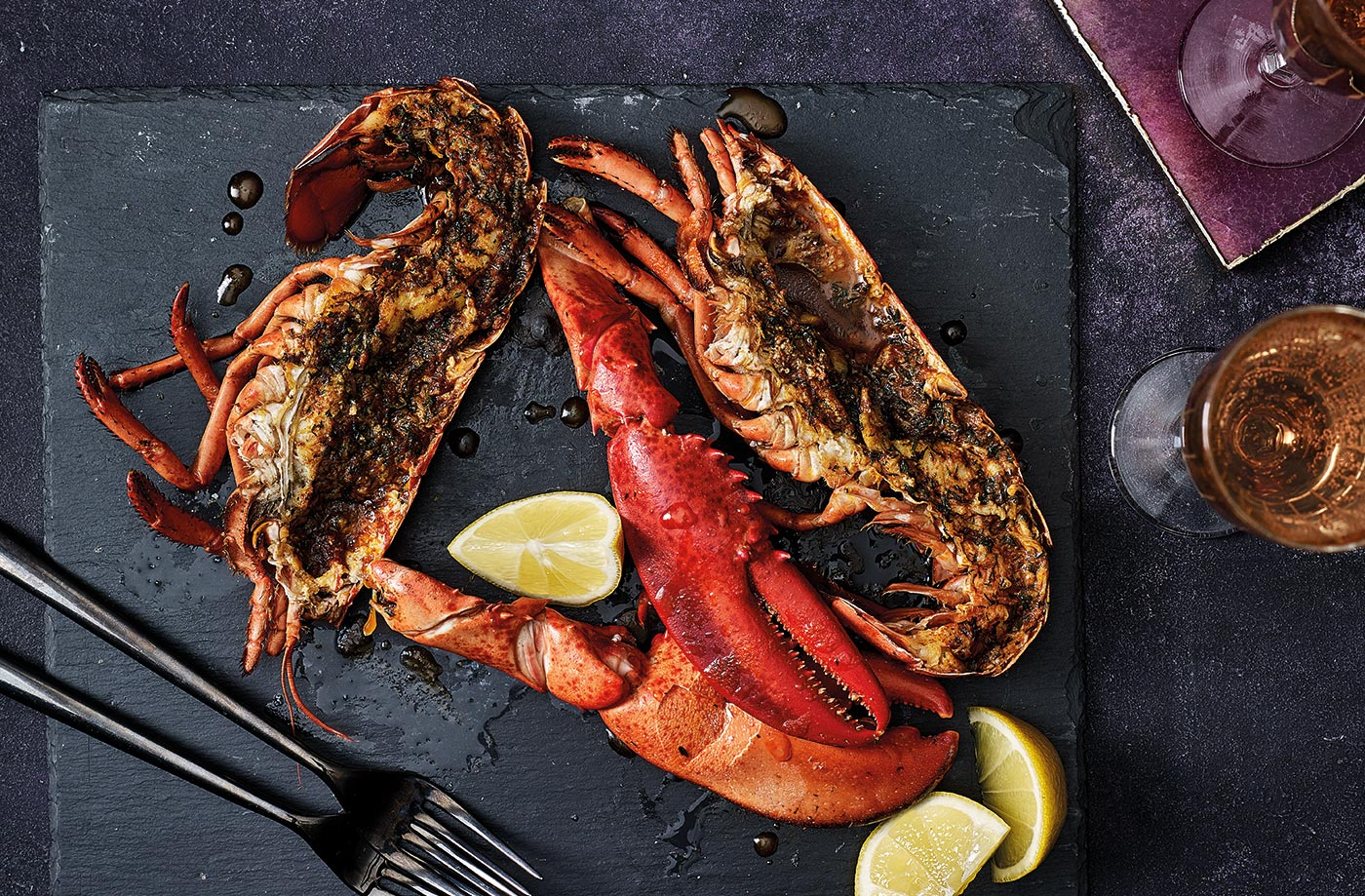 Grilled lobster with lemon and paprika butter