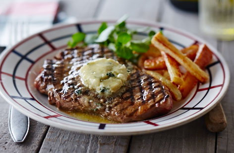 BBQ steaks with roquefort butter | Tesco Real Food