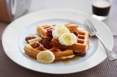 Buttery waffles with maple syrup