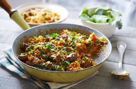 This fragrant lamb recipe creates an exotic and filling pilaf dish with tender meat in 40 minutes. The dried apricots add a sweetness of flavour with the combination of spices in the curry powder adding depth.