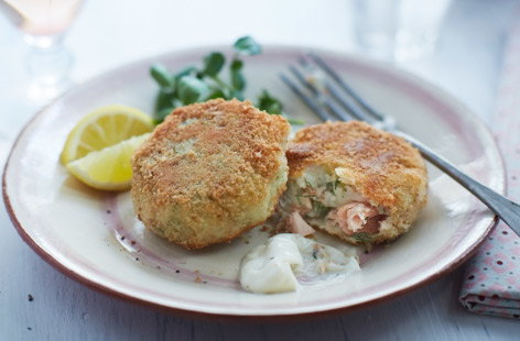 Salmon and dill fishcakes  recipe