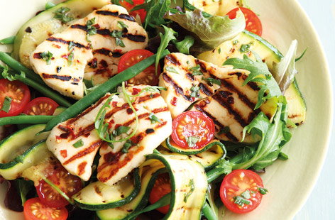 With only 10 mins cooking, this colourful salad is a perfect summer dish. Halloumi with a hint of chilli, fresh courgettes, green beans and tomato combine perfectly for a wonderful mixture of textures and tastes. Finish with a drizzle of home-made dressing.