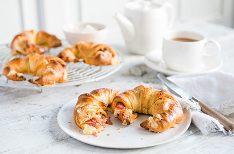 Cheese, sundried tomato and ham-stuffed croissants